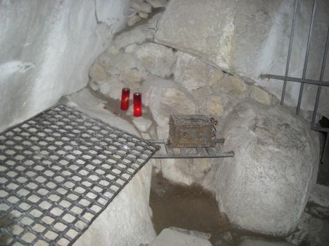 La pietra dove riposava San Francesco